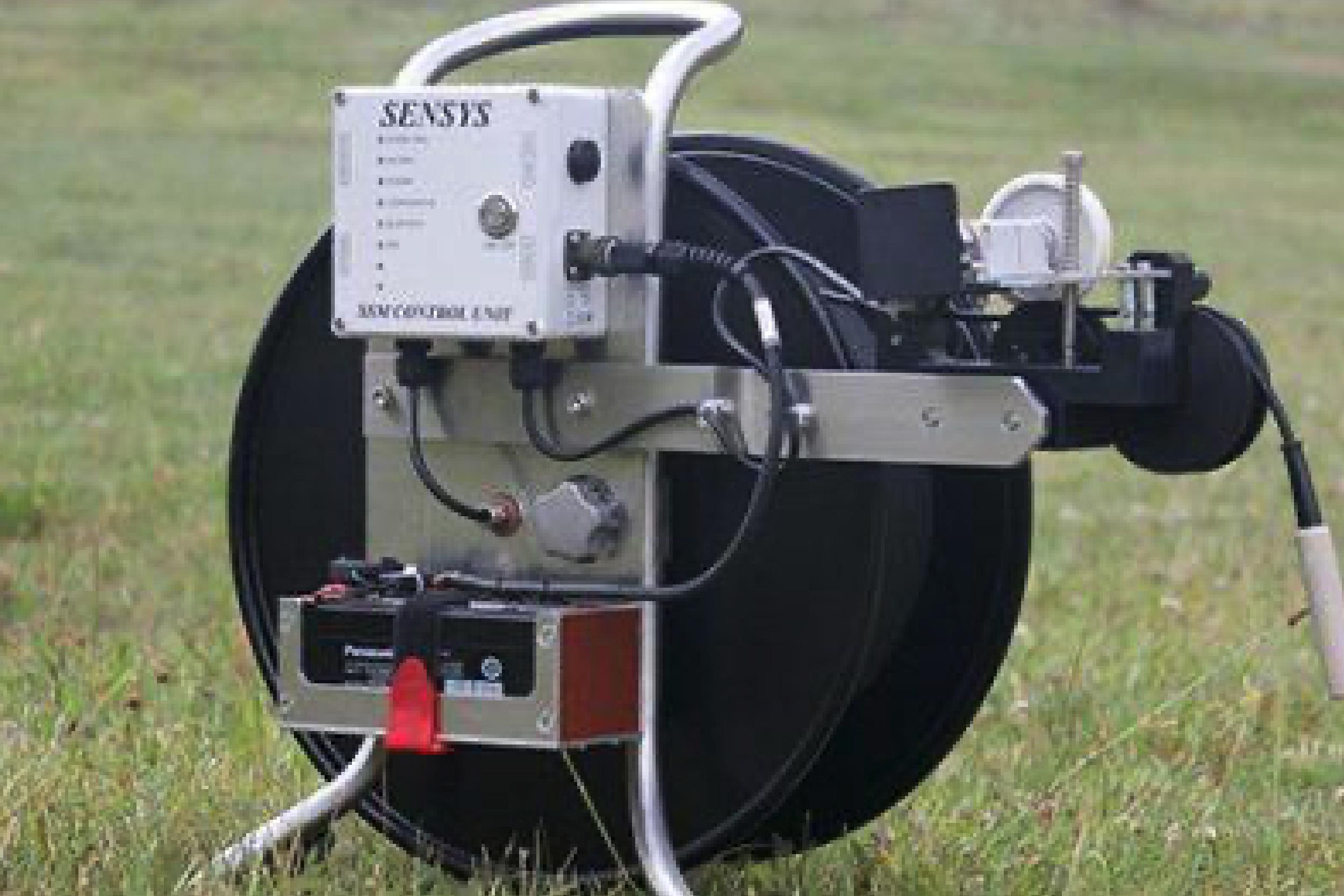 Instrumento preciso para la detección de materiales con propiedades ferromagnéticas y de conductividad eléctrica.